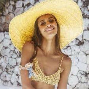 Vamaswim yellow floral bikini top